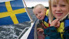 La Suède est pourtant un pays occidental très avancé scientifiquement. Cette décision démontre donc que les résultats scientifiques et les réactions biologiques du corps humain ne sont pas les mêmes en France qu'en Suède ! On peut dire également que les scientifiques et autres médecins suédois sont incompétents voire des imbéciles et des ignorants ! …