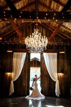 Barn style wedding venues in washington