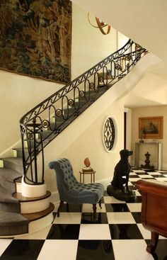 Traditional Staircase Design, Pictures, Remodel, Decor and Ideas - page 16 Foyer Design, Staircase Design, House Design, Stair Design, Window Design, Winding Stair, Black And White Tiles, White Marble, Black White