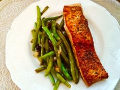 The Melody of Cooking: Salmon and Green Beans with Pomegranate Vinaigrett...