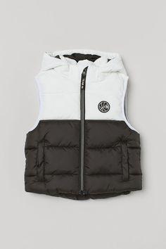 Black Padded Jacket, Black Biker Jacket, Nylon Bomber Jacket, Hooded Jacket, Shirt Jacket, Lined Flannel Shirt, Ski Wear, Slim Fit Polo, Puffer Vest