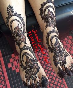 here, we are showing a beautiful feet bridal mehndi designs 2019 Leg Henna Designs, Khafif Mehndi Design, Latest Henna Designs, Modern Mehndi Designs, Mehndi Designs For Girls, Wedding Mehndi Designs, Mehndi Designs For Fingers, Dulhan Mehndi Designs, Beautiful Mehndi Design