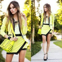 Neon yellowish