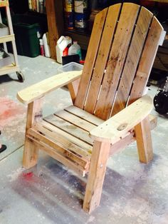 74 Unique Adirondack Chair Design Ideas Makes You Relax Cheap Patio Furniture, Adirondack Furniture, Wood Pallet Furniture, Western Furniture, Rustic Furniture, Diy Furniture, Adirondack Chairs, Pallet Chairs, Wood Chairs