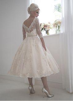 Elegant Tulle & Satin Bateau Neckline A-Line Tea-Length Wedding Dresses With Lace Appliques