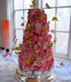 Delightful Butterfly Wedding Cake Design by New Renaissance Cakes  Seattle, Wa   Bonnie @ 206-920-5322 bonnie@newrenaissancecakes.com  www.newrenaissancecakes.com     Please mention that you found them thru Jevel Wedding Planning's Pinterest  Account.  Keywords: #weddingcakes #butterflythemedweddingcakes #jevelweddingplanning Follow Us: www.jevelweddingplanning.com  www.facebook.com/jevelweddingplanning/