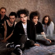 The Cure in May 1992. #TheCure #robertsmith #simongallup #pearlthompson #boriswilliams #perrybamonte #rock #pop #indie #goth #postpunk #music #band #proshot #1992