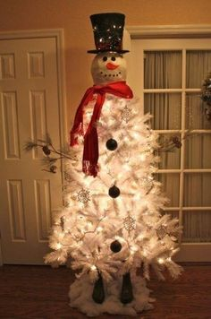 Snowman Christmas tree...... Sooo Cute!