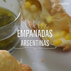Argentine empanadas - Prepare the original recipe of Argentine cuisine, try two different options of these delicacies. Healthy Recipes, Mexican Food Recipes, Dinner Recipes, Cooking Recipes, Ethnic Recipes, Cooking Fish, Egg Recipes, Cooking Steak, Camping Cooking