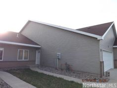 ***ONLY 2 UNITS LEFT!!!*** 20th Avenue SE, St. Cloud, MN 56304 2 BEDROOM 2 BATH TOWN HOME FOR SALE WITH OPEN FLOOR PLAN, HIGH VAULTED CEILINGS GIVE A VERY SPACIOUS LOOK. ONE LEVEL LIVING LOCATED CONVENIENTLY ON THE SE SIDE OF ST CLOUD, 1/2 FROM ST BENS SR CTR, FINISHED GARAGE, RAISED OAK CABINETS AND DOORS, PERGO FLOORS. St Cloud MN Real Estate