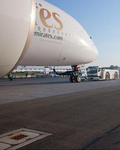 Push back Emirates Airbus, Emirates Flights, Emirates Airline, Airbus A380, Airplane Travel, International Civil Aviation Organization, Airport Design, Aviation World, Travel