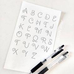"""114 Me gusta, 5 comentarios - Pilar 🌿 studyblog (@study.pilar) en Instagram: """"Otro estilo de tipografía 🤭 esta vez opte a algo más distinto a lo normal 😁 . . . #studygramchile…"""" Notebook, Instagram, Style, Notebooks, Exercise Book, The Notebook"""