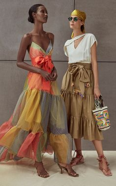 Get inspired and discover Silvia Tcherassi trunkshow! Shop the latest Silvia Tcherassi collection at Moda Operandi. Fashion 2020, Look Fashion, Spring Fashion, High Fashion, Womens Fashion, Fashion Trends, Fashion Ideas, International Fashion, Fashion Lookbook