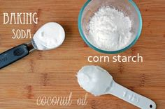 DIY Deodorant cup coconut oil 2 Tablespoons corn starch* 1 Tablespoon + 1 teaspoon baking soda* 20 – 25 drops lavender essential oil Directions: Melt your coconut oil (if necessary) and mix with t Diy Deodorant, Make Your Own Deodorant, Deodorant Recipes, All Natural Deodorant, Homemade Beauty Tips, Natural Beauty Tips, Be Natural, Diy Beauty, Beauty Hacks
