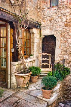 Quiet corner in Provence