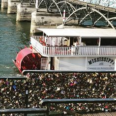 Loved looking at the love locks. I will be sure to leave one before I go.