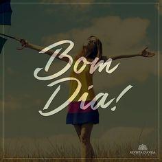 """""""Desejo à todos um dia iluminado hoje é sexta-feiraaaaaaaa! Contagem regressiva para o fim de semana que delícia."""" - Tânia D'Ávila Diretora Social."""