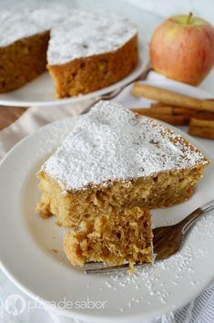 Pastel de manzana en licuadora (fácil & listo en minutos) Cookie Desserts, Easy Desserts, Delicious Desserts, Yummy Food, Apple Recipes, Sweet Recipes, Cake Recipes, Dessert Recipes, Bunt Cakes