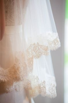 #lace #veils Photography by karenwise.com  Read more - http://www.stylemepretty.com/2013/08/19/berkshires-wedding-from-karen-wise-photography/