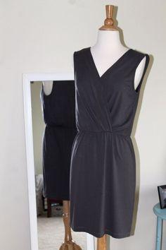 Red Dot Gray Summer Dress size Small #RedDot #Sheath #SummerBeach