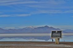 Visiting Bonneville Salt Flats  - Fun facts and best viewing spots!   http://www.runningaragnar.com/2015/01/bonneville-salt-flats-utah.html