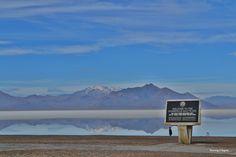 Visiting Bonneville Salt Flats - Fun facts and best viewing spots! http://www.runningaragnar.com/2015/01/bonneville-salt-flats-utah.html