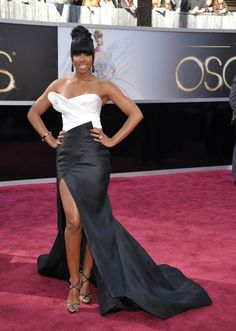 Singer Kelly Rowland arrives at the 85th Academy Awards at the Dolby Theatre on Sunday Feb. 24, 2013, in Los Angeles. (Photo by John Shearer/Invision/AP)