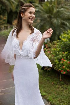 What do you think of this chic, boho gown?