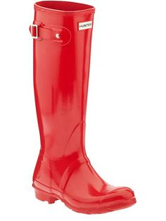 bright red glossy hunter boots - such a great staple