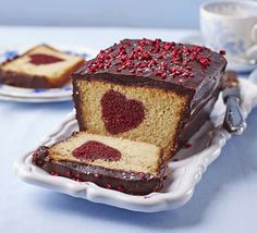 Hidden heart cake - HowToInstructions.Us