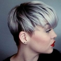 Human Hair Capless Wigs Human Hair Straight Layered Haircut / Short Hairstyles 2019 Dark Roots / With Bangs Silver / Black / Blonde Short Capless Wig Women's / Brown / Wine - Aktuelle Blonde With Dark Roots, Black And Blonde, Brown Blonde, Blonde Hair, Cheap Human Hair, Human Hair Wigs, Wig Hairstyles, Straight Hairstyles, Hairstyle Hacks