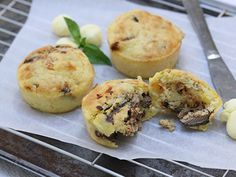 Savory Lucky Star Pilchard and Corn Muffin recipe. Makes 12 muffins, Method: Preheat the oven to and grease a 12 muffin cup tin, Read Savory Muffins, Corn Muffins, Star Food, Muffin Cups, Lucky Star, Chef Recipes, No Cook Meals, Baked Goods, Favorite Recipes