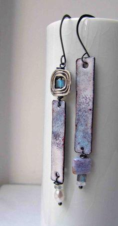 Jewelry   Jewellery   ジュエリー   Bijoux   Gioielli   Joyas   Art   Arte   Création Artistique   Artisan   Precious Metals   Jewels   Settings   Textures   Claire Lockwood