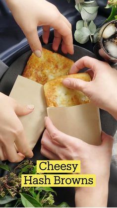 Fun Baking Recipes, Cooking Recipes, Hash Browns, Appetizer Recipes, Appetizers, Brunch, Diy Food, Yummy Food, Tasty