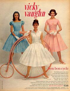 solo-vintage:    Vicky Vaughn junior, 1960