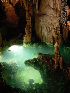 Luray Caverns, Virginia. Very cool stop!