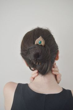www.etsy.com/listing/188041497/hair-fork-oriental-hair-comb-gemstone
