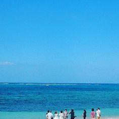 【kitayama_kitayama】さんのInstagramをピンしています。 《【沖縄ウエディング撮影】晴れて良かったwww.#1人暮らし #夕陽#ビーチ#ウエディングドレス #ウエディング#空#夜景#サーフィン#海#海岸#版画#イラスト#ハーレーダビットソン#イラスト#版画#晴れ#sea#sky#stay#perfect#happy#blue#sea🌊 #music#happening#blue#black#alone#piece#picture#surfing》