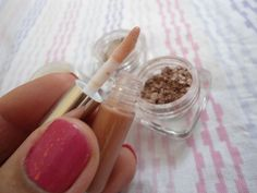 Niceties of Women: Mineral Makeup (Lumiere Cosmetics)