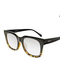 56fe35729cd3 🆕QUAY new in case Ombre tortoise LIBRE sunnies!!