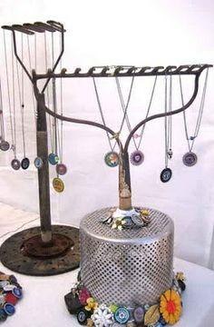 Repurposed rake into jewelry holder Craft Fair Displays, Store Displays, Display Ideas, Craft Booths, Retail Displays, Merchandising Displays, Window Displays, Displays For Craft Shows, Jewellery Storage