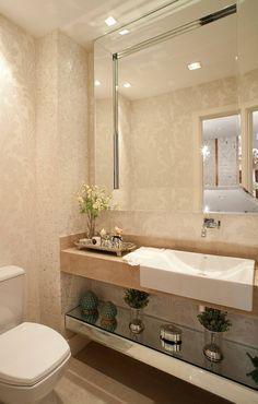Clássico ao Luxo: Banheiros Clássico por Mariane e Marilda Baptista - Arquitetura & Interiores #interiorescasasluxo