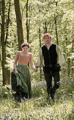 Sam Heughan as Jamie Fraser and Caitriona Balfe as Claire Fraser - Outlander_Starz Season 4 Drums of Autumn - posted up October 2018 Claire Fraser, Jamie Fraser, Jamie And Claire, Outlander Season 4, Outlander Book Series, Diana Gabaldon Outlander, Outlander Casting, Outlander Tv Series, Starz Outlander