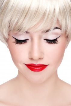 Google Image Result for http://makeupjournal.net/wp-content/gallery/gallery/Blonde%2520with%2520red%2520lips%2520%2520Olga%2520Ekaterincheva%252029165418.jpg