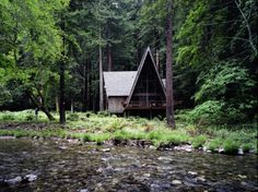 An A-frame in Big Sur, California (tiny houses) (country living)