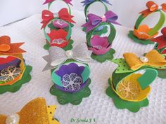 Foam Flower Basket Tutorial Foam Sheet Crafts, Foam Crafts, Paper Crafts, School Projects, Projects For Kids, Foam Sheets, Card Making Tutorials, Pop Up Cards, Flower Basket