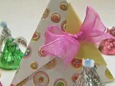 Origami Pyramid Wrapping Gift Box