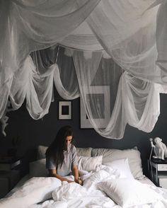 Masculine Bedroom Set Ideas For His Bedroom – Möbel / Furniture / Mobili Interior Design Living Room, Living Room Decor, Living Spaces, Bedroom Decor, Kitchen Interior, Cloud Bedroom, Dream Bedroom, My New Room, My Room