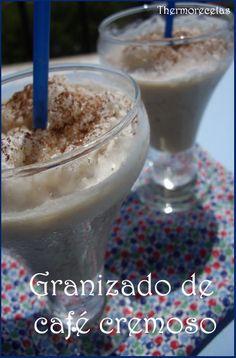 El granizado de café cremoso es económico, fácil y rápido de hacer. Ideal para las tardes de verano.