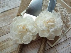 Rustic Wedding Cake Server & Knife - Up Close - by MCsCraftBoutique on Etsy